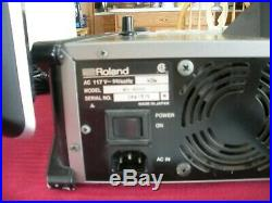 Roland Mv-8000 Production Studio with20 169 Widescreen LCD Monitor
